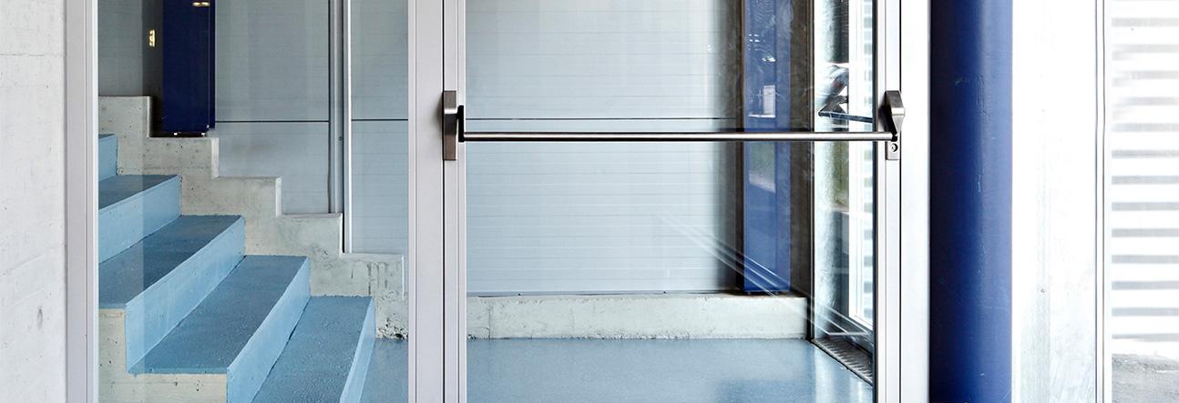 Alustahl-Fenster-Tueren-Wartung-Reparatur-Instandhaltung